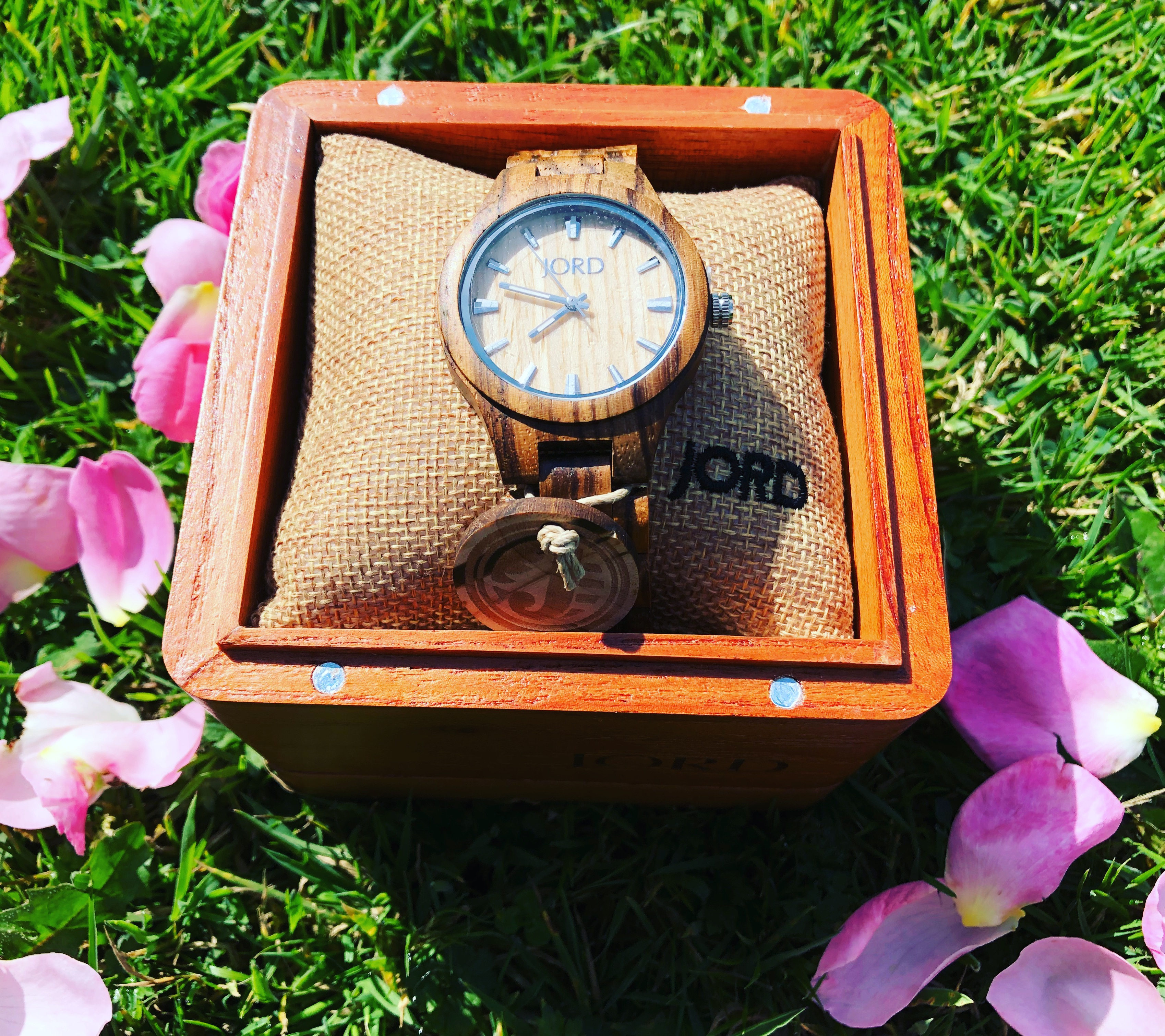 Finding the time – giveaway and review of Jord watch